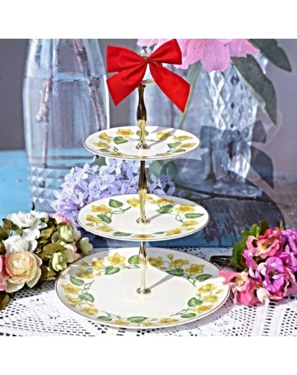 (OUT OF STOCK) WEDGWOOD KING CUP CAKE STAND